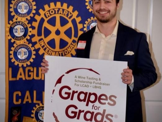 Laguna Beach Rotary presents the Grapes for Grads® XIV logo design winner, Chris Kalafatis