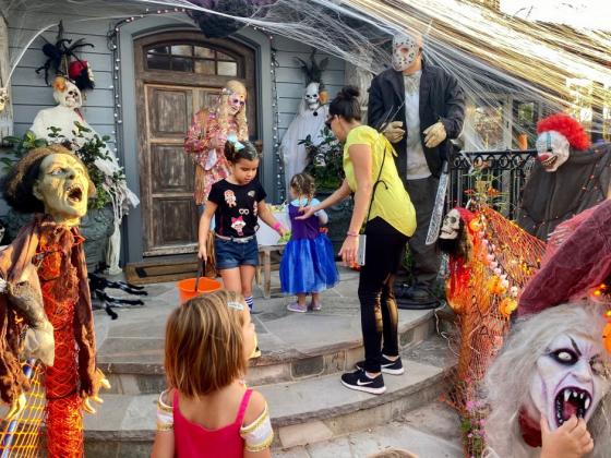 Oak Street Laguna Beach Epic Halloween Block Party - PHOTOS